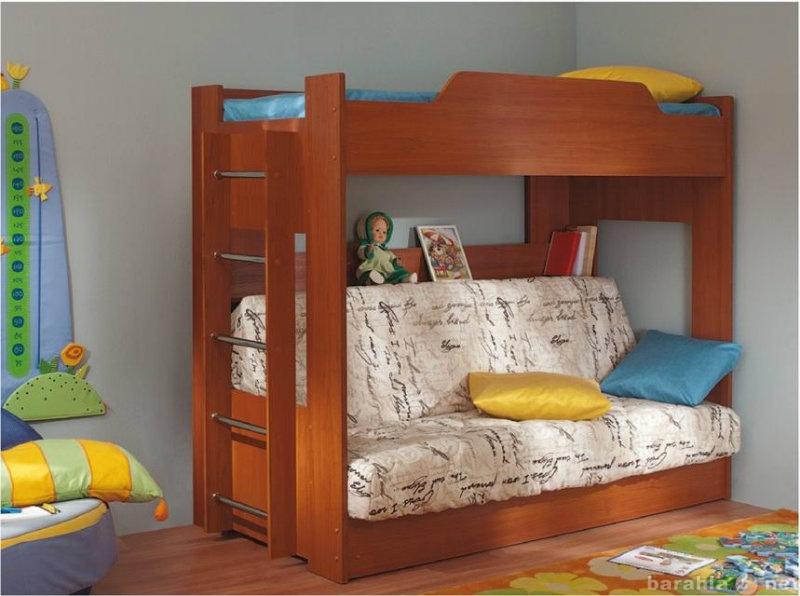 Продам: Двухярусная кровать с диваном-книжкой