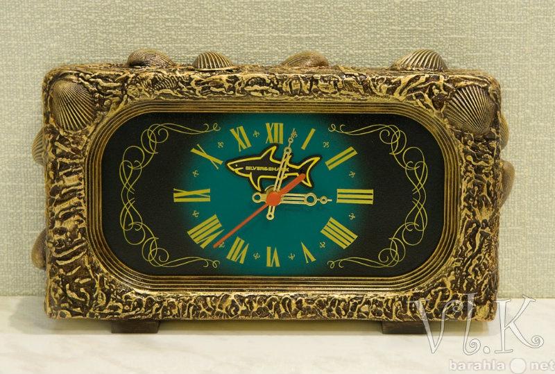 Продам Часы настольные винтаж