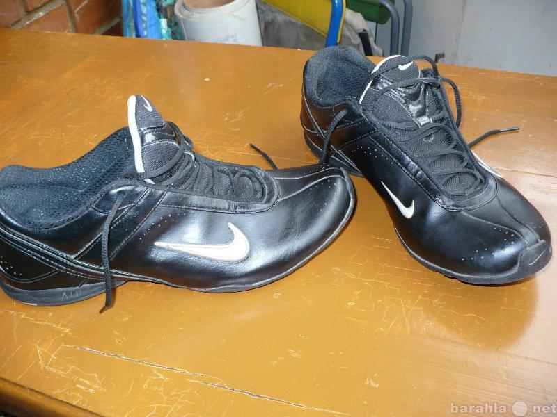 Продам Кроссовки Nike Аir. Размер 40,5