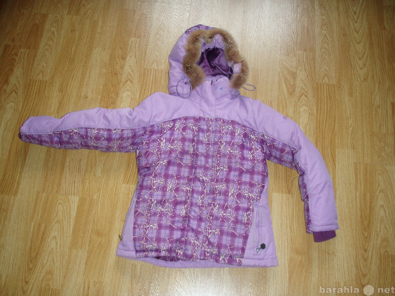 Продам: Куртка зимняя для девочки