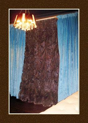 Предложение: Срочный пошив штор, ламбрекенов,свагов
