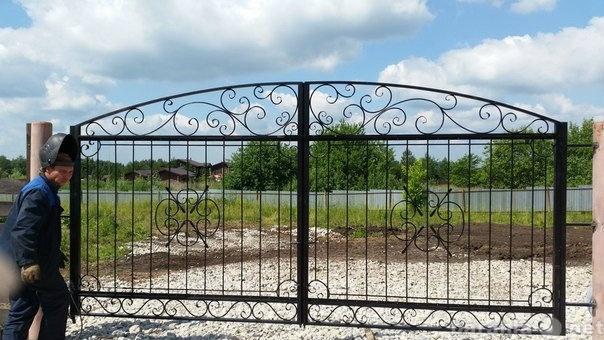 Предложение: Изготовление забора и ворот.